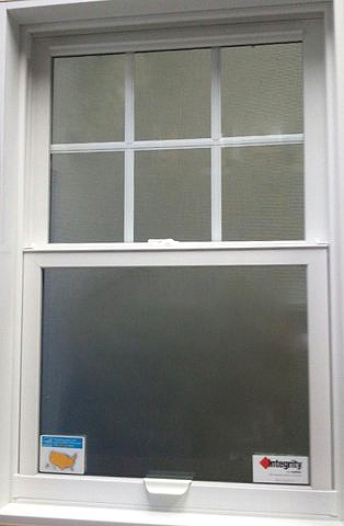 Vinyl vs fiberglass and composite replacement windows for Wood replacement windows